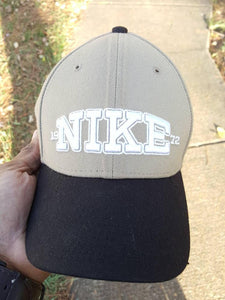 Vtg Nike dad hat strapback hat Spell out Khaki black