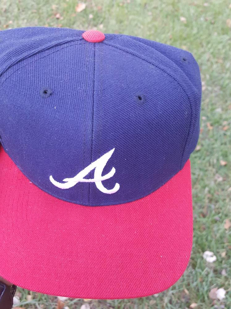 Vtg  Atlanta Braves Fitted 7 1/2 Sports Specialties fitted cap    mlb  David justice smoltz