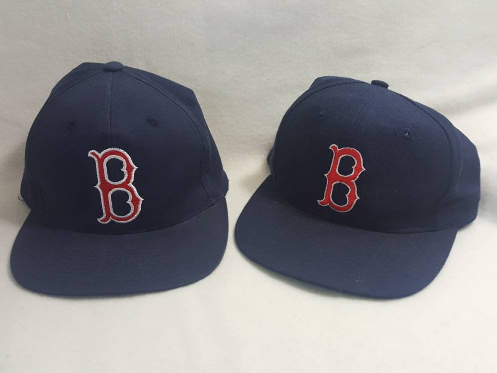 2 Vtg Boston Red Sox  snapback hat Adult / Youth bundle