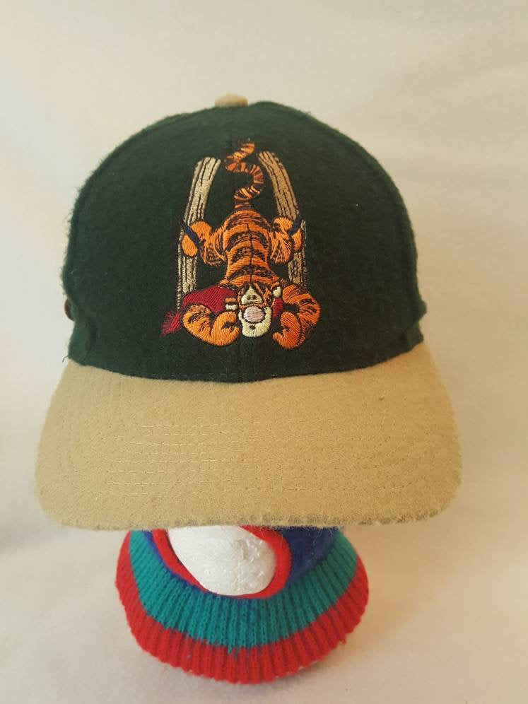 Vtg  Winnie the Pooh Tigger Disney  wool  dad hat leather strap