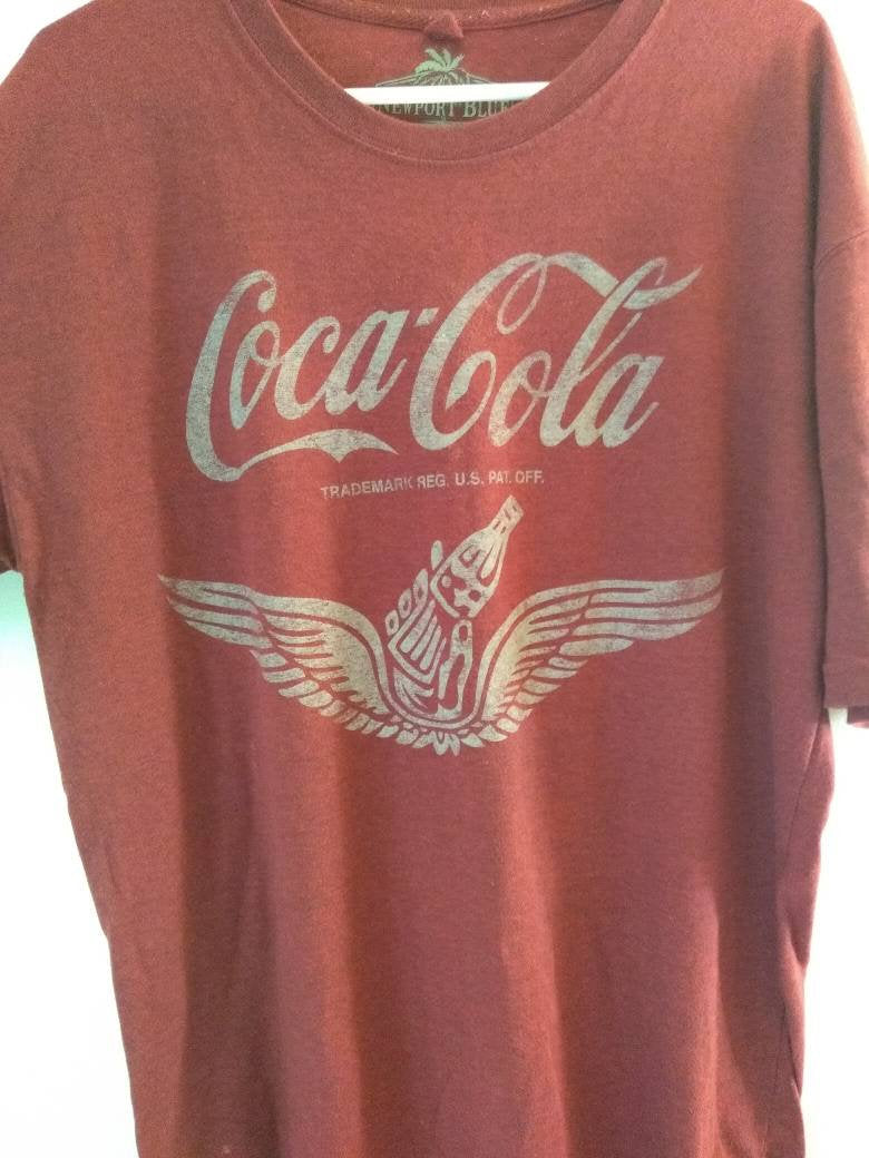 Retro Coca Cola red tee shirt Size large