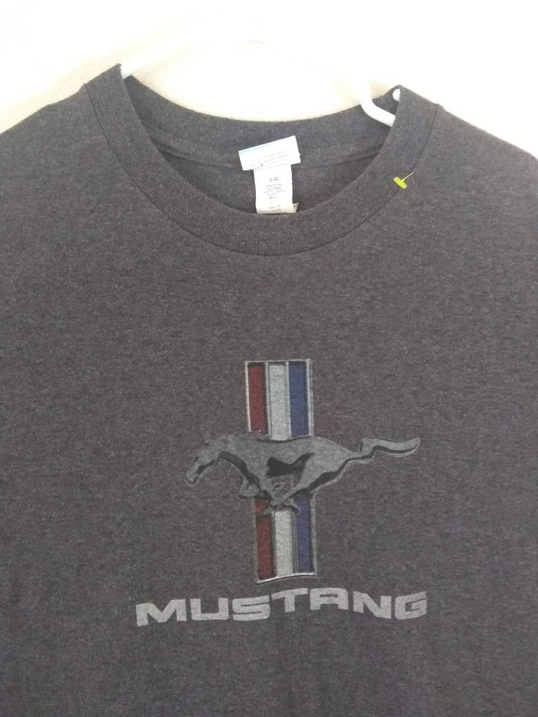 Official Mustang Tee Shirt size Large