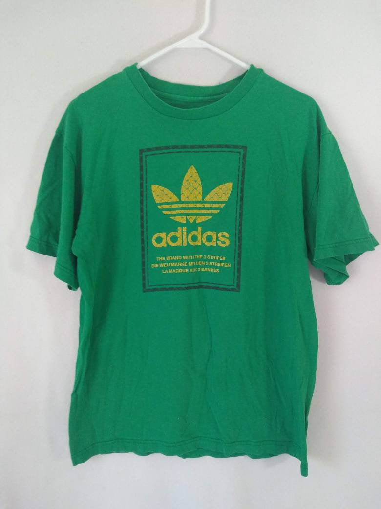 Vintage  Adidas Originals Trefoil tee size med green Yellow shirt