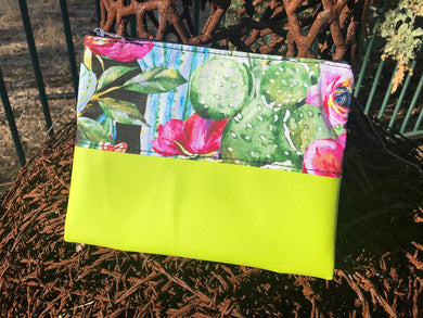 Clutch fabric bag