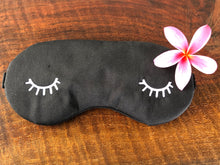 Silk Sleep Mask in Noir (black)