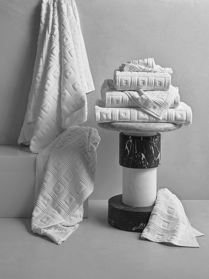 New Astoria White Towels