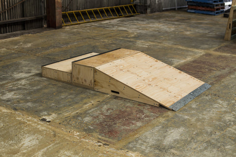 Make a two stair gap at home or use individually for manuals, stalls, grinds, flip tricks, rotations and slappys