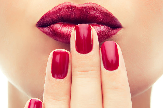 6 TRENDY NAIL LOOKS TO TRY THIS SUMMER