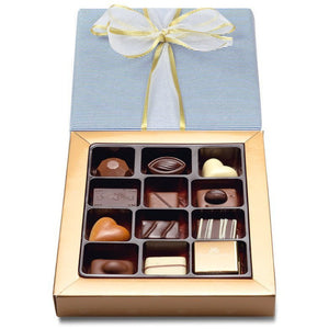 Classic Chocolate Box Collection, Assorted Milk Dark & White 175g