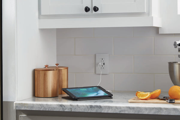 GFCI and USB Charging Outlet Combo Installed in Kitchen Backsplash