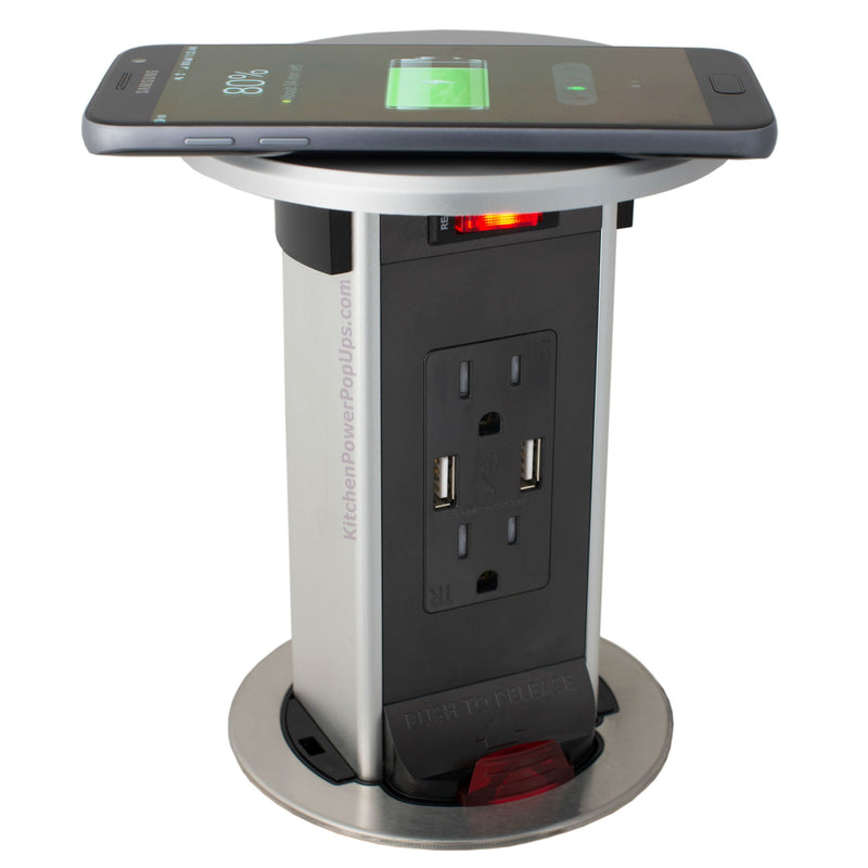Lew Electric PUR15-RSS-2USB-QI Showing Phone Charging
