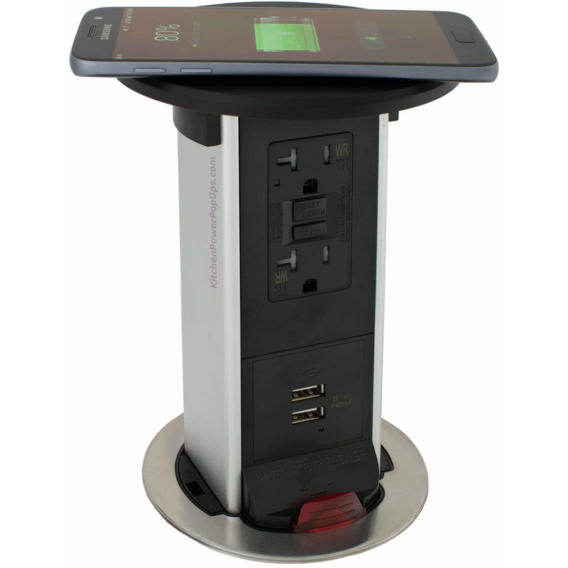 PUR20-RBK-GFI-2USB-QI Showing Phone Charging