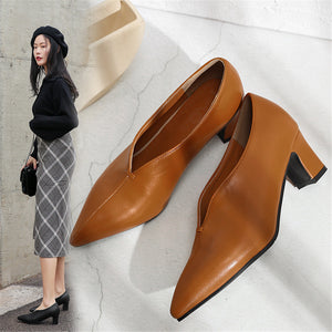 New Plain Pointed Toe Coarse Heel Shoes