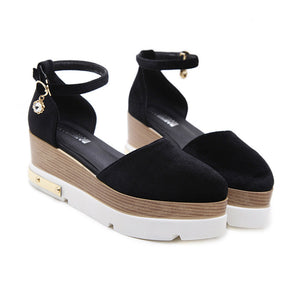 Daily Plain Thicken Sole Buckle Sandal