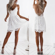 Fashionable Sexy White Lace Stitching Strapless Halter Strap Dress