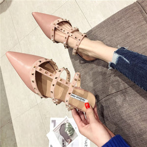 Fashion Rivet Pointed Flat Slippers