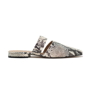 Chic Pointed Toed Printed Hollow Flat Sandal