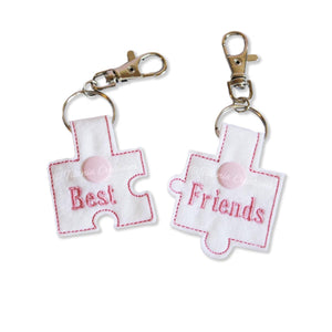 ITH Best Friends Jigsaw Key Fobs 4x4