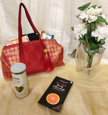 Brocade bag - Room Hamper