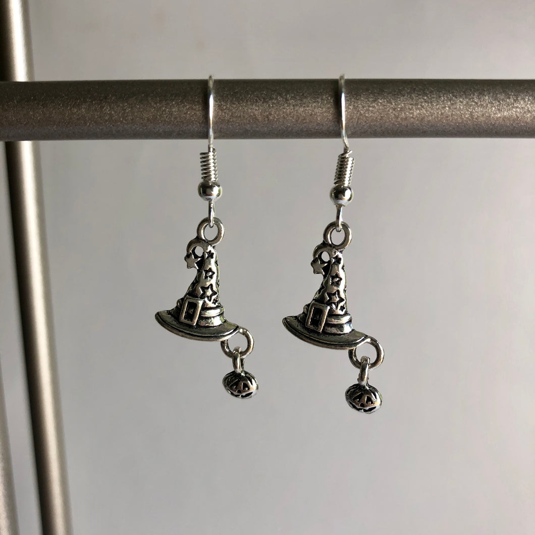 Witch Halloween Earrings / Witch Hat with Pumpkin / Halloween Outfit