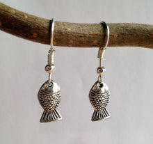 Fish Earrings / Pisces Jewelry / Aquarius / Nature Jewelry / Gone Fishing / Silver Fish Earring