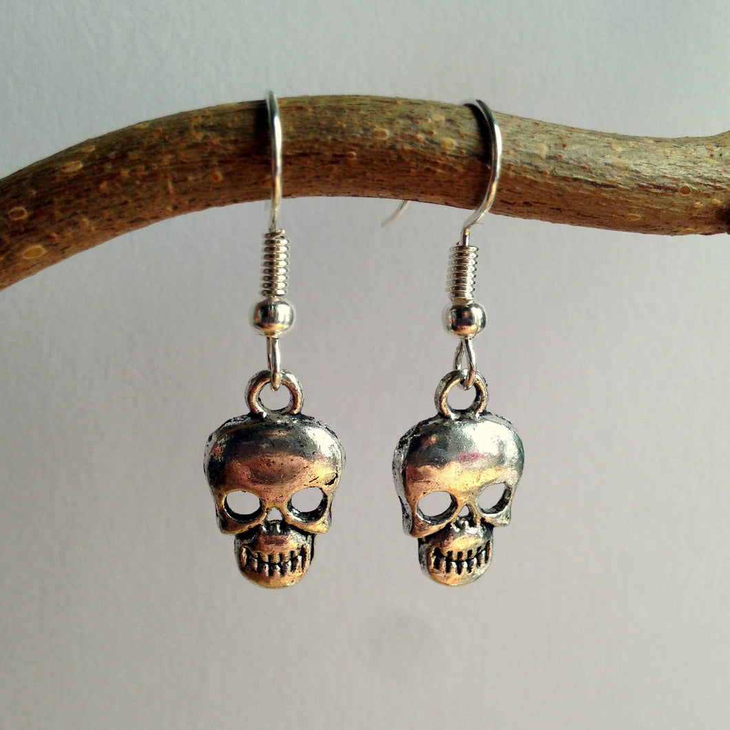 Skull Jewelry / Pirate Earrings / Goth Earrings / Silver Skull / Silver Earrings