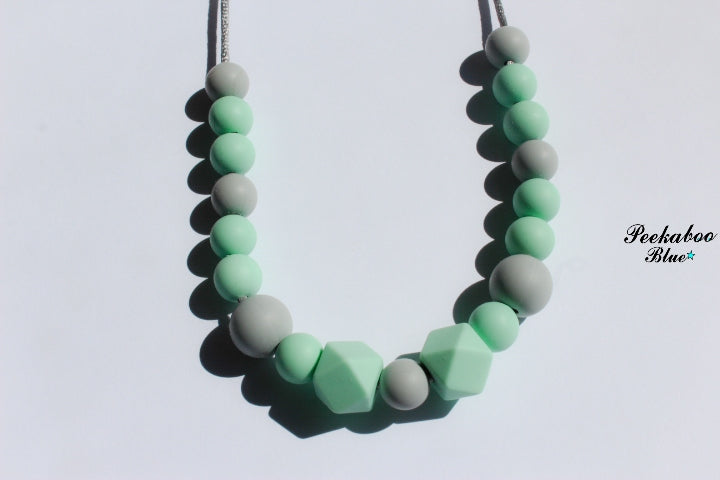 Mint Teething Breastfeeding Necklace