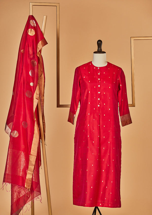 Chanderi Silk Raani Pink Kurta with Jaamdani Dupatta & Pants