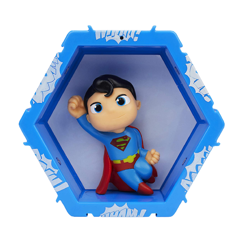 Superman Collectible  Light Up Figure - www.entertainmentstore.in
