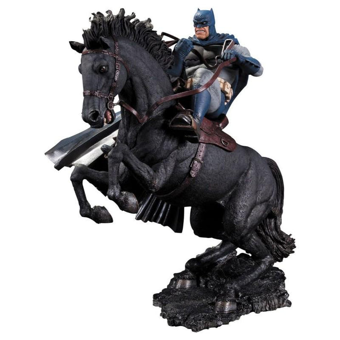 Batman The Dark Knight Returns A Call To Arms Statue