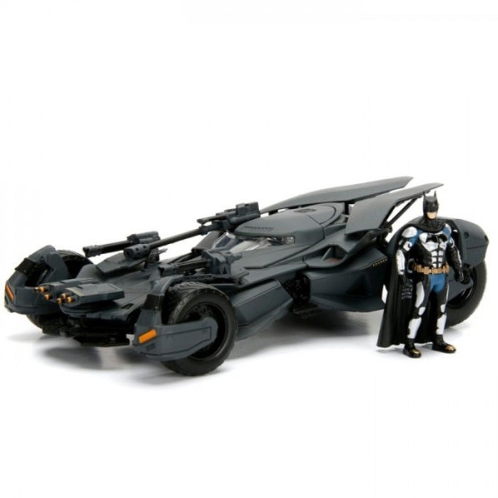 DC Comic Justice League Batmobile Die-Cast Vehicle with Tact Suit Batman Figure