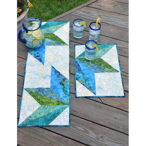 Split Diamond Table Topper - 4 Placemats or 2 Mats and 1 Table Topper