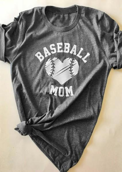 Baseball Mom Heart camiseta con cuello en ola