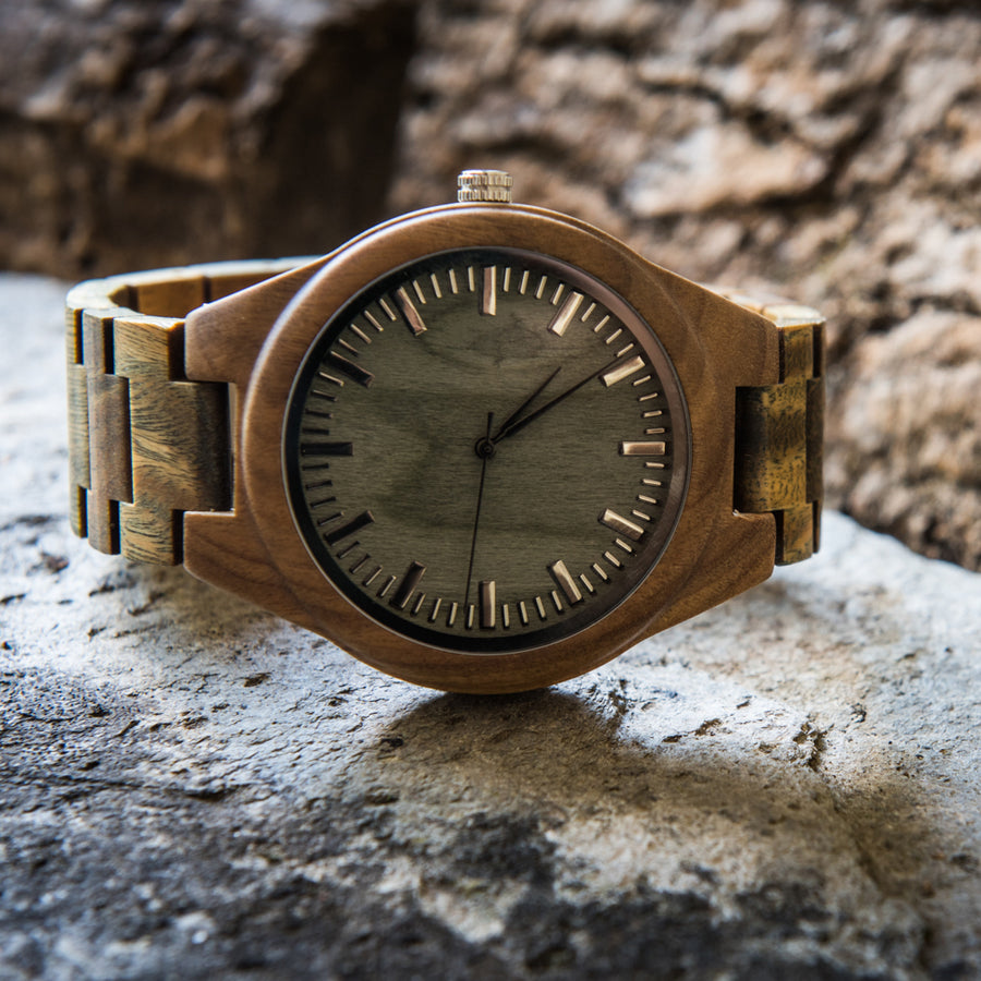 What makes a wooden watch a sound alternative to traditional watches?