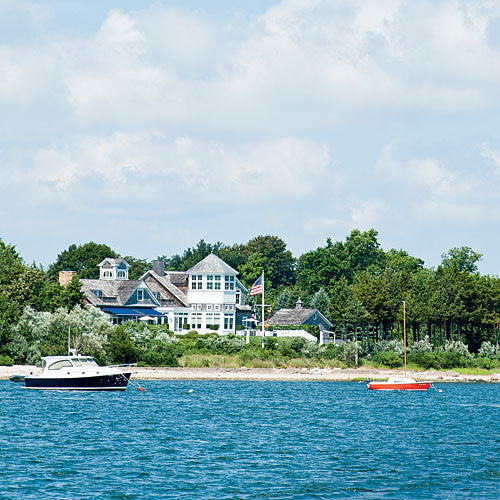 Boutique Spotlight: Relax Sag Harbor