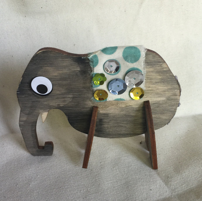 3D Elephants (Set of 2)