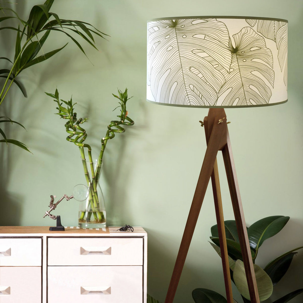 Menstruosa Floor Lamp - objects of interest