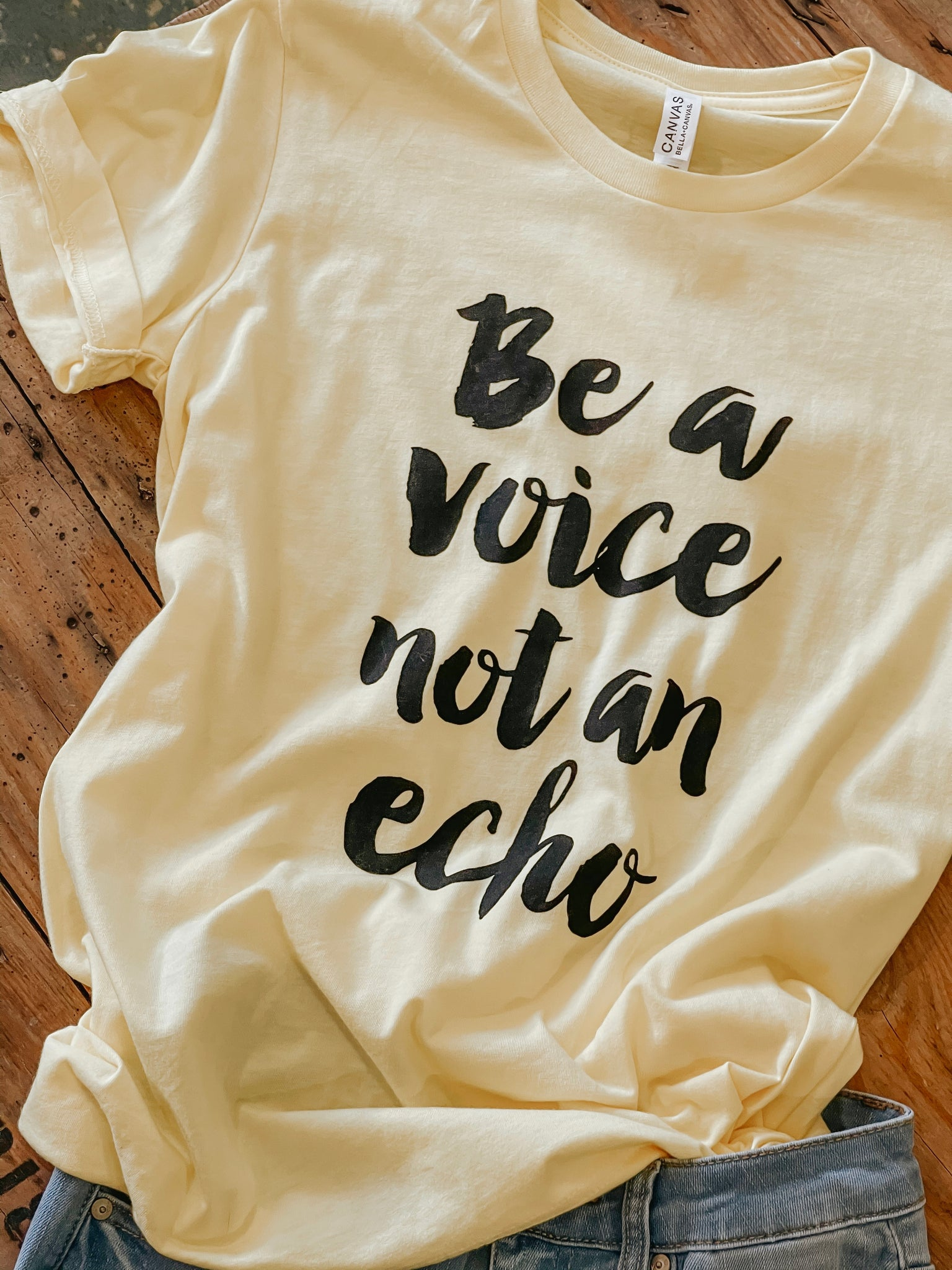 Be a Voice - Girl Power - Tshirt  - Bright Yellow