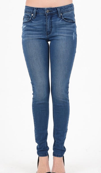 Kan Can Skinny Jeans - Medium Wash -Lightly Distressed - Plain