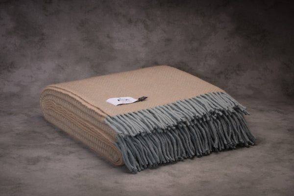 Glaze & Gordon Herringbone Throw