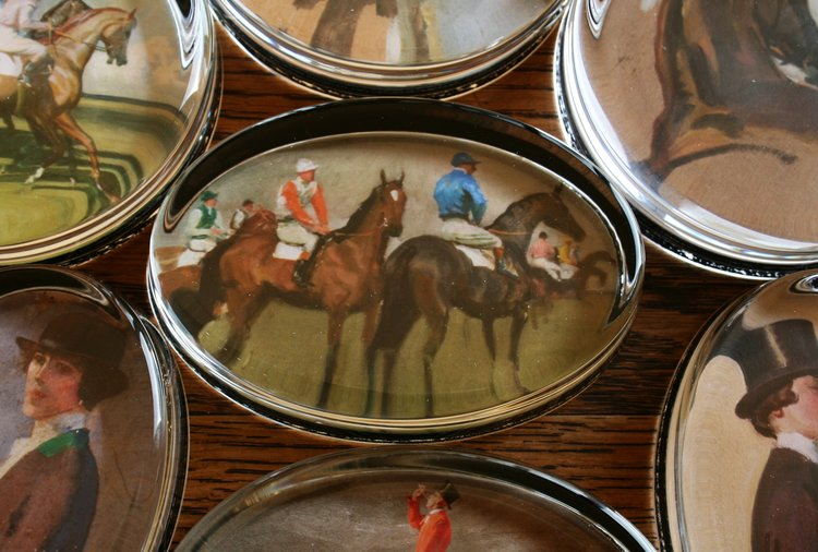 "Munnings ""Before the Start"" Paperweight"