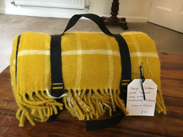 Glaze & Gordon Pure Wool Waterproof Yellow Check Picnic Blanket