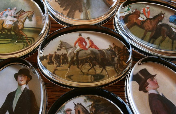 "Munnings ""Point to Point"" Paperweight"