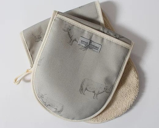 Sophie Botsford Highland Cow Double Oven Gloves
