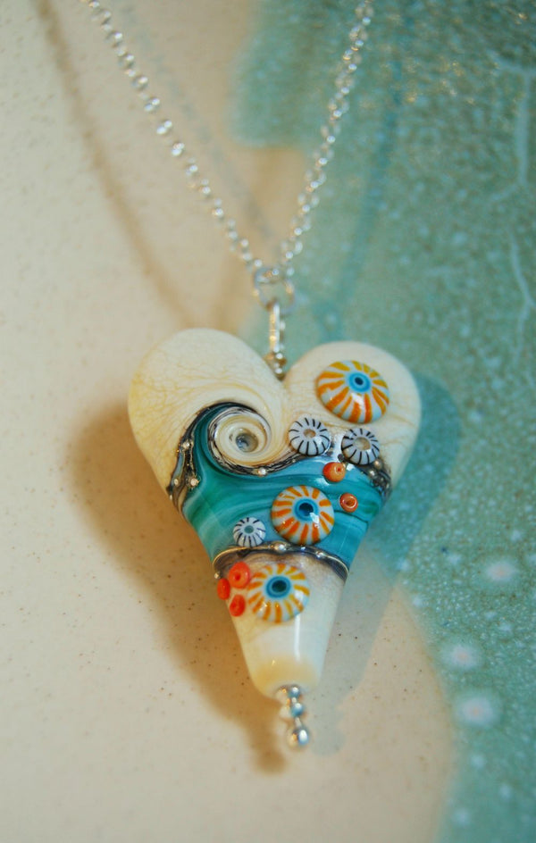 Sand and sea extra large heart pendant