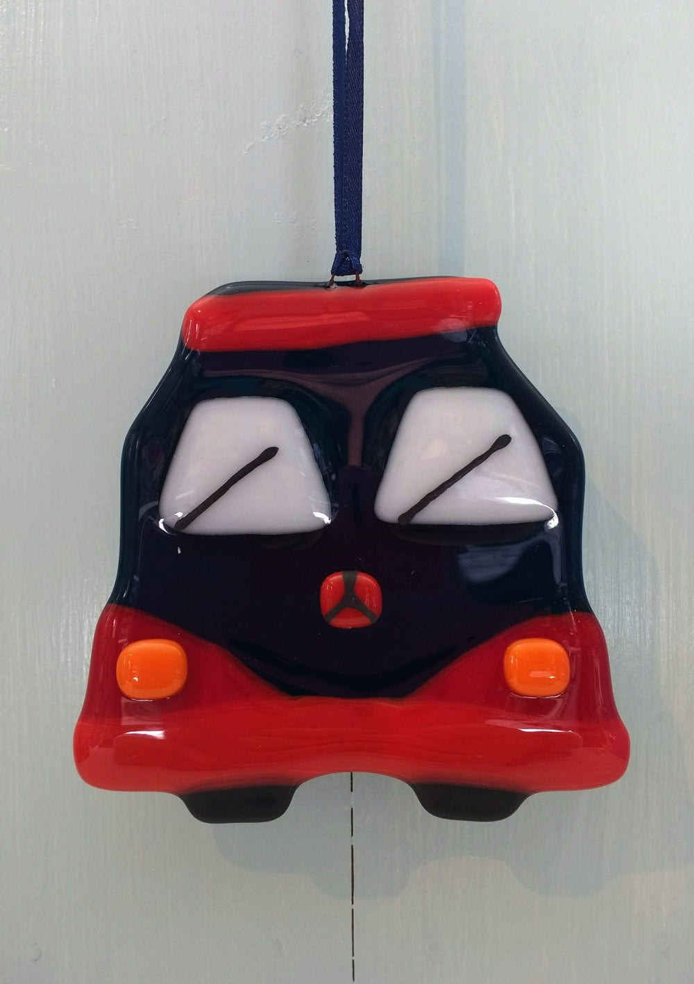 Fused glass campervan by Kirstyn Smith