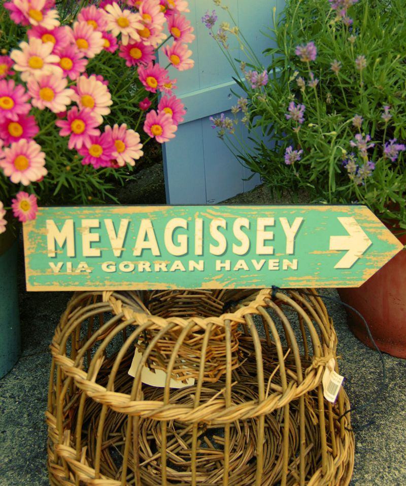 Mevagissey via Gorran Haven coastal sign (green)