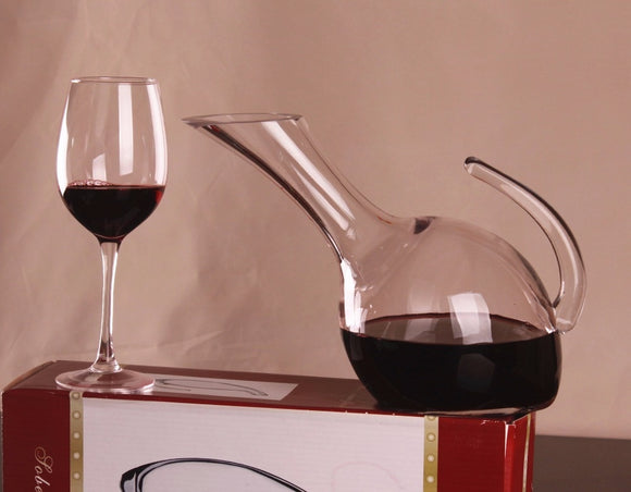 1PC 1500ml Glass Spout Wine Decanter Aerator Container Wine Dispenser Carafe with Handle Wine Bottle Jug JS 1106