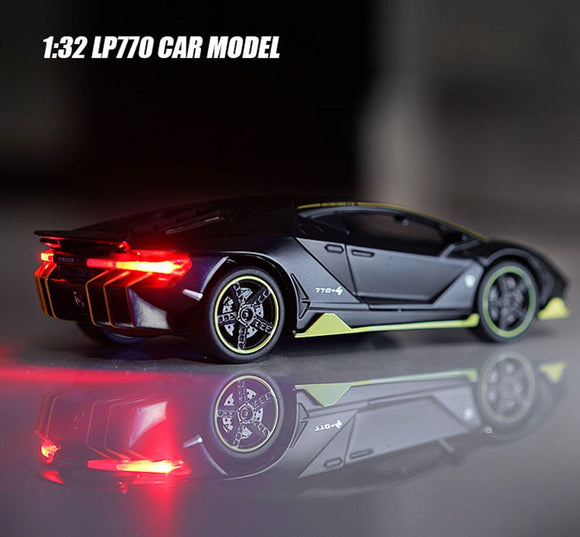 1:32 Scale Lamborghinis LP770 Alloy Car model Diecast Toy Vehicle High Simitation car Toys For Children Kids Xmas Gifts