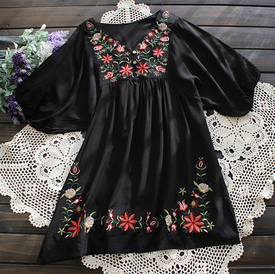 Vintage 70s Ethnic Floral EMBROIDERED Hippie BOHO Mexican puff slv Blouse DRESS One Size TOP XS S M L